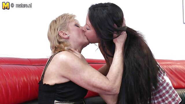 Mamma belle donne in soffitta xxx casalinghi