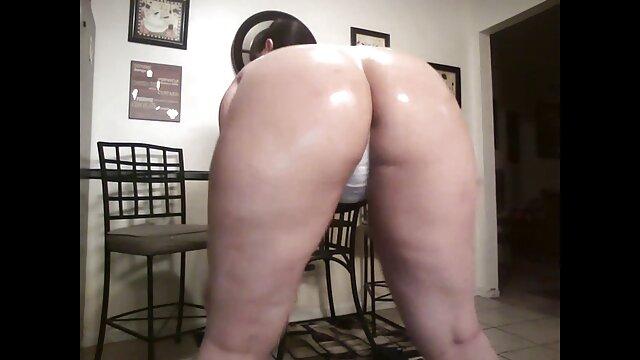 Christina video casalinghi amaporn si estende preso in giro perni di capelli